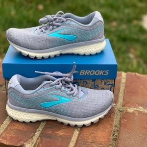 Brooks ghost 12 running shoes new